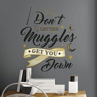 RoomMates RMK3608GM Harry Potter Muggles Quote Pelar y pegar calcomanías gigantes de pared