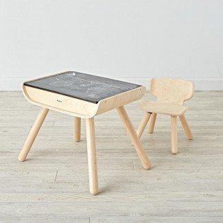 Juegos de mesa y sillas de madera   La tierra de