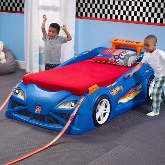 Step2 Hot Wheels para niños pequeños a la cama doble para autos de carrera -