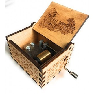 Phoenix Appeal Hermosa caja de música de madera tallada con manivela: varios temas disponibles Stock Stuffers