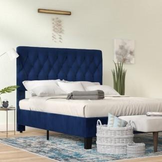 Cama con panel tapizado Kirtley