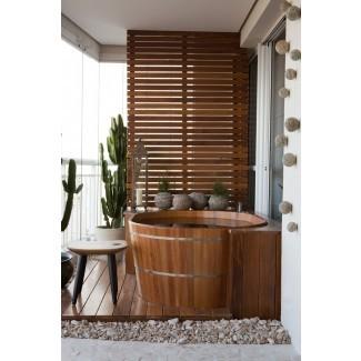 Tinas de baño de madera de estilo japonés hacen una gran piscina / jacuzzi.