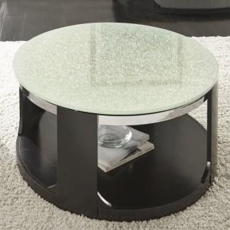 Mesa de centro de vidrio agrietado Charly [19659010] <b> Mesa de centro de vidrio agrietado Charly </b><br /> Extraña pero extrañamente intrigante, esta mesa de centro con forma de tambor apenas puede pasar desapercibida. Una parte superior de vidrio lechoso y agrietado contrasta con un marco resistente en un acabado negro profundo. La pieza viene con ruedas para facilitar el movimiento y un estante de exhibición para tus chucherías favoritas. </div> </p></div> <div class=