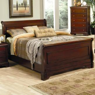 Dormitorio: cautivadora cama Queen Size de capitanes con ...