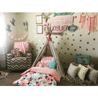 Habitación infantil salvaje y gratuita. Tee pee Montessori bed