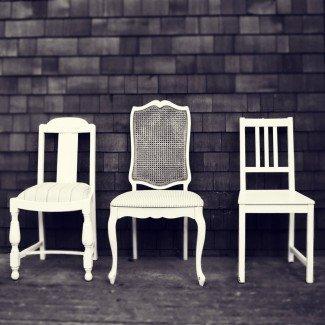 Sillas de comedor elegantes: un asunto de sillas en esta granja, par