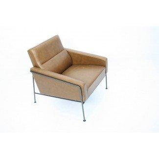 Sillón de cuero Arne Jacobsen Serie 3300 en 1stdibs