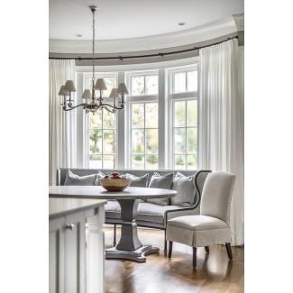 Sofá de comedor gris curvado en Bay Window - Transitional ...