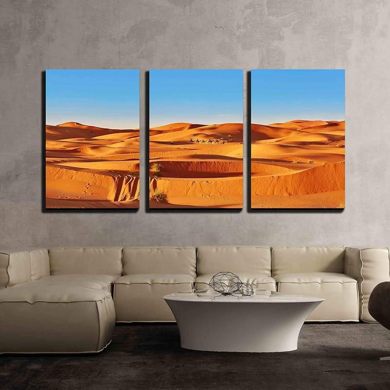Arte de pared de lienzo de 3 piezas - Camello atravesando las dunas de arena