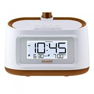 Reloj de alarma de proyección nítida con sonidos relajantes de sueño natural - Proyección fácil de leer en la pared o el techo - 8 sonidos de sueño para ayudar a conciliar el sueño más rápido [19659010] Esto no es un reloj despertador para ayudarlo a despertarse a tiempo, sino que también lo ayuda a dormir más rápido. Tiene 8 sonidos naturales relajantes como una corriente, olas oceánicas, fogatas y más. Las pantallas son regulables, por lo que puede ajustarlo a sus niveles de comodidad. </div> </p></div> <div class=