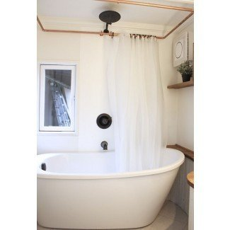 Combo de ducha de bañera pequeña. Tamaño completo de bañeras para