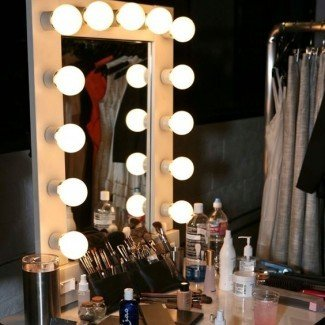 Espejo de maquillaje profesional con luces - Makeup Vidalondon