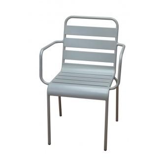 Silla de comedor apilable para patio [19659077] Silla de comedor de patio apilable </div> </p></div> <div class=