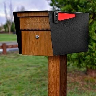 Mail Boss Curbside 7510 Mail Manager Bloqueo de buzón de seguridad, grano de madera, capa de polvo negro