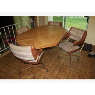 Mesa de cocina retro y 4 sillas Saanich, Victoria