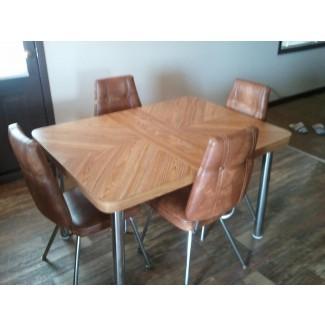 mesa de cocina retro y 6 sillas Central Nanaimo, Nanaimo