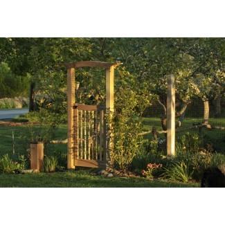 Arbor Gate para el huerto | Hammer and Hoe