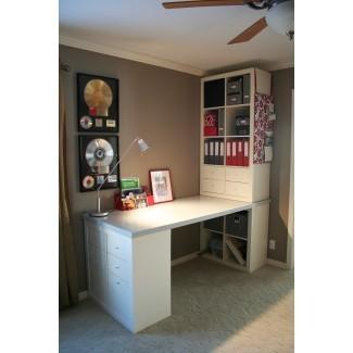 Espacio de trabajo: oficina hogareña fresca con escritorio Ikea Expedit para ... [19659019] Espacio de trabajo: Cool Home Office con Ikea Expedit Desk para ... </div> </p></div> <div class=