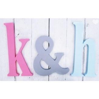 Letras de letras en minúsculas angustiadas por ...