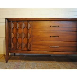 Credenza de nogal moderno de mediados de siglo | Phylum Furniture