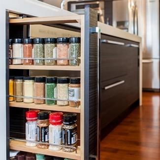 Saque la base del estante de especias | Gabinetes superiores
