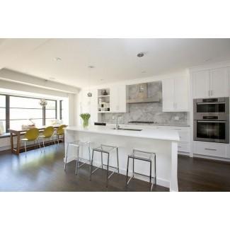 Isla de cocina con taburetes transparentes - Moderno - Cocina