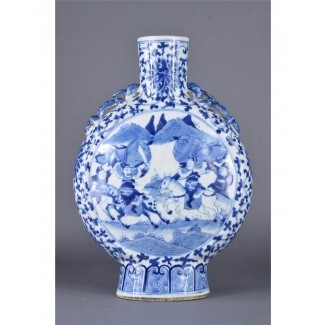Frasco lunar chino de porcelana azul y blanca Kangxi