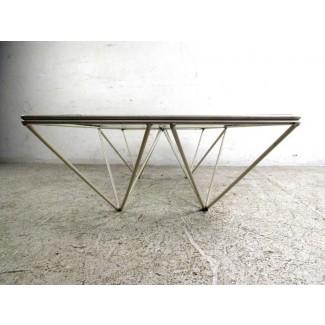 Mesa de centro geométrica plateada: Zachary Horne Homes ...