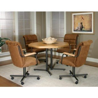 Muebles. The Dinette Set With Caster Chairs for A Cosy
