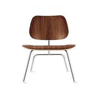Sillón de madera contrachapada moldeada Eames con base de madera - Herman