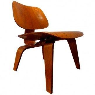 Eames Lounge Chair Wood (LCW). Herman Miller, 1952. en 1stdibs