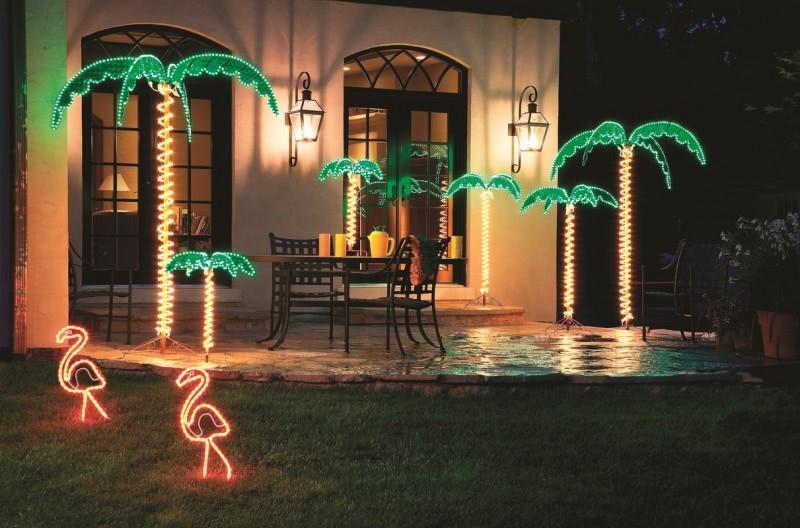 Decoración de palmera al aire libre con luz holográfica tropical iluminada