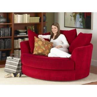 Silla y sofá acolchados