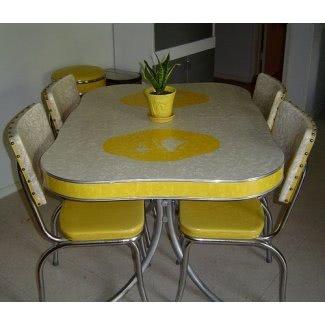 Mesa de cocina retro