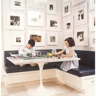 Mesa de cocina de esquina con banco de almacenamiento