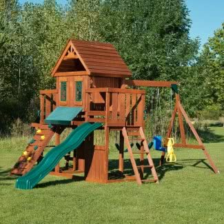 Swing N Slide Fir Juego de columpios de madera con tres cubiertas