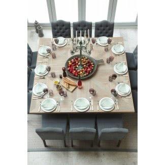 Mesa de comedor redonda con capacidad para 12