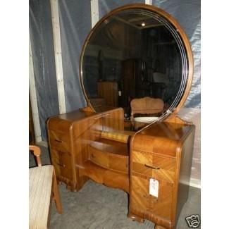 Hermoso juego de dormitorio con muebles antiguos en cascada Art Deco, tamaño queen completo