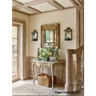 Mesa de entrada con espejo