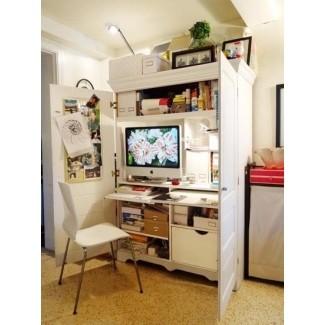 Pequeño armario de televisión con puertas corredizas