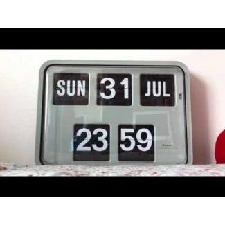 Reloj con fecha y día
