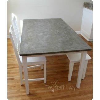 Mesa de comedor con tablero laminado 1