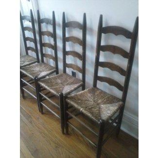 Sillas antiguas con respaldo en escalera, asientos retorcidos