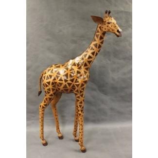 105 escultura de jirafa de cuero gigante