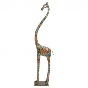Estatua de jirafa alta