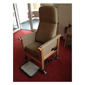 Sillón de rehabilitación de Suffolk silla de ruedas para discapacitados oap asiento ajustable