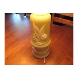 Lámpara eléctrica vintage alacite verde lirio de los valles aladdin