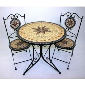 Mesa de cocina de mosaico