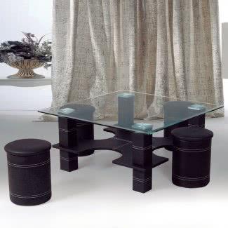 Mesa de centro de cuero sintético y vidrio con taburetes nidos