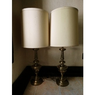 Par de lámparas de mesa de latón stiffel vintage 36 cortinas stiffel mid